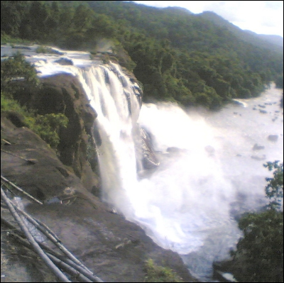 Athirappilly Falls 1
