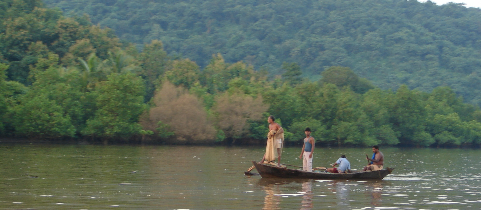 Fishing in Vashishthi Estuary, Western Ghats. Photo: SANDRP