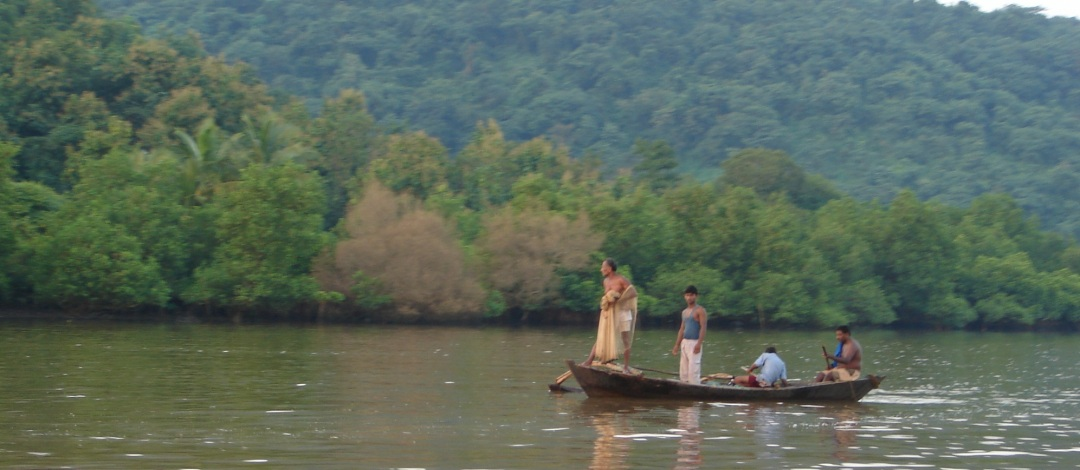 Fishing in Vashishthi Estuary, Western Ghats. Photo: SANDRP