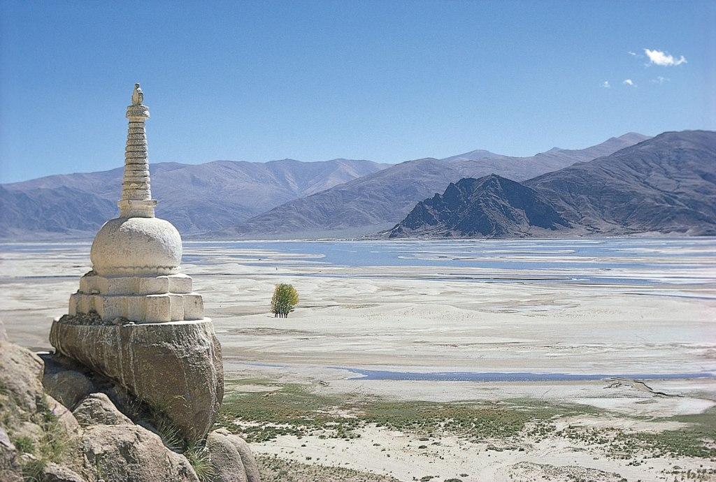 A Buddhist shrine called a stupa overlooks the Brahmaputra River in southern Tibet. Source: http://kids.britannica.com/comptons/art-67000/A-Buddhist-shrine-called-a-stupa-overlooks-the-Brahmaputra-River