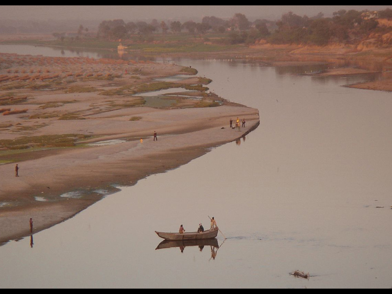 the jamuna river This paper presents the results of some of the jamuna river erosional hazards  from bahadurabad ghat to bhuapur (near jamuna bridge.