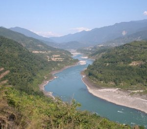 Siang River Source: https://www.facebook.com/lovely.arunachal/media_set?set=a.117543018322855.21150.100002014725686&type=3