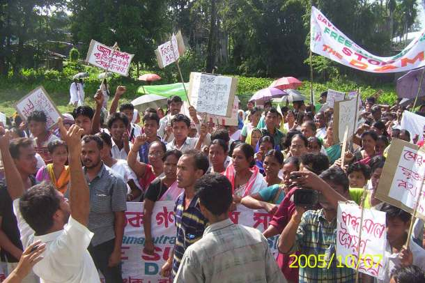 Agitation Against Lower Subansiri Dam in Assam Source: SANDRP