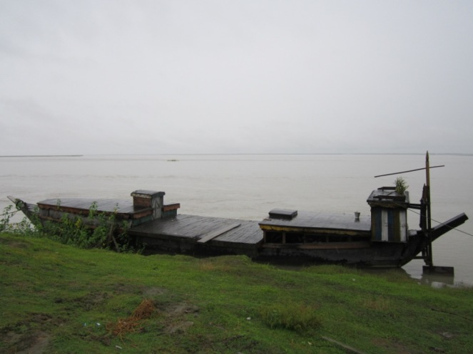 The Brahmaputra during monsoon in Matmora, Dhakukhana Sub-division, Lakhimpur District, Assam.  Photo – Parag Jyoti Saikia, SANDRP