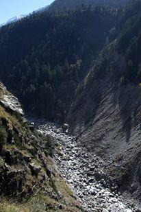 The same Baspa, bone dry, about 5 kms downstream Baspa Dam. Photo: SANDRP Partners