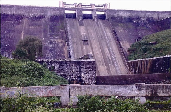 Upper Sholayar Dam Photo: CPSS