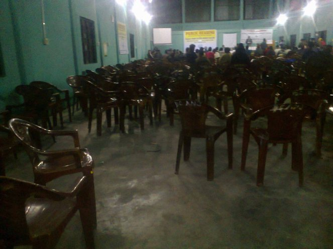 A public hearing without public: Chairs remain vacant at the  Kalai II public hearing venue