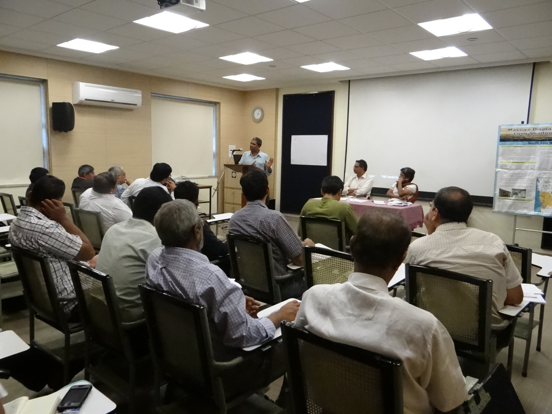 Meeting on Dams round Mumbai Photo: SANDRP