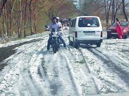 Hail in drought-prone Baramati. Photo from : eSakal