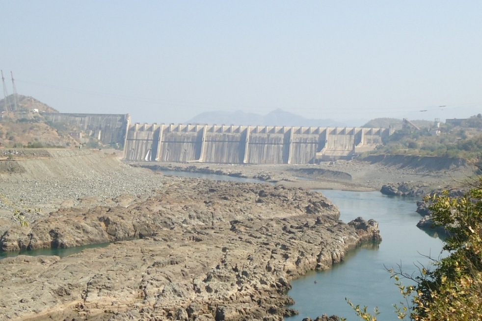 1762cf510 Sardar Sarovar gate closure without resettlement or justification is a  inhuman