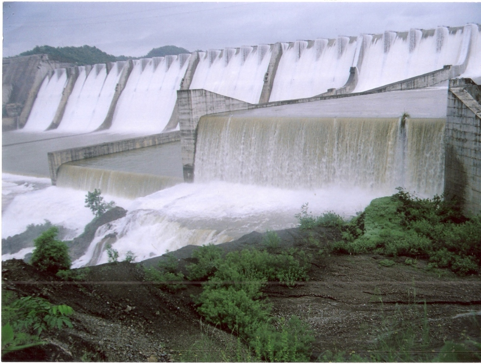 Sardar Sarovar Project Photo from : Narmada Control Authority