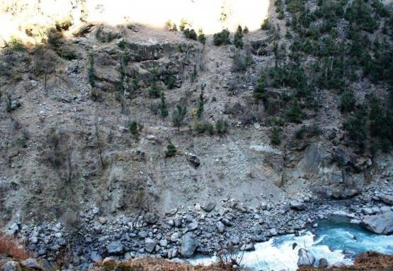 Right Bank slide for Kiru Project about 16 km downstream of Gulab Gargh
