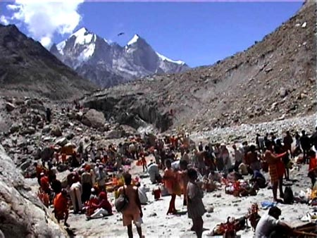 Pilgrims at Gomukh, snout of Gangotri Glacier Photo from : http://savegangotri.org/scenes-of-ecological-degradation-and-destruction/
