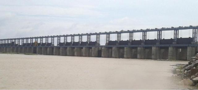 Sonthi Barrage in Karnataka