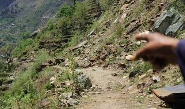 Lanslide close to Alwas village due to Tarela project