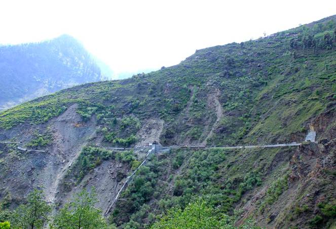 Landslide due to the construction activities and then subsequent destruction of the penstock of the Ginni project further led to soil erosion. The village above the slides, Junas has 20 houses and now stand threatened
