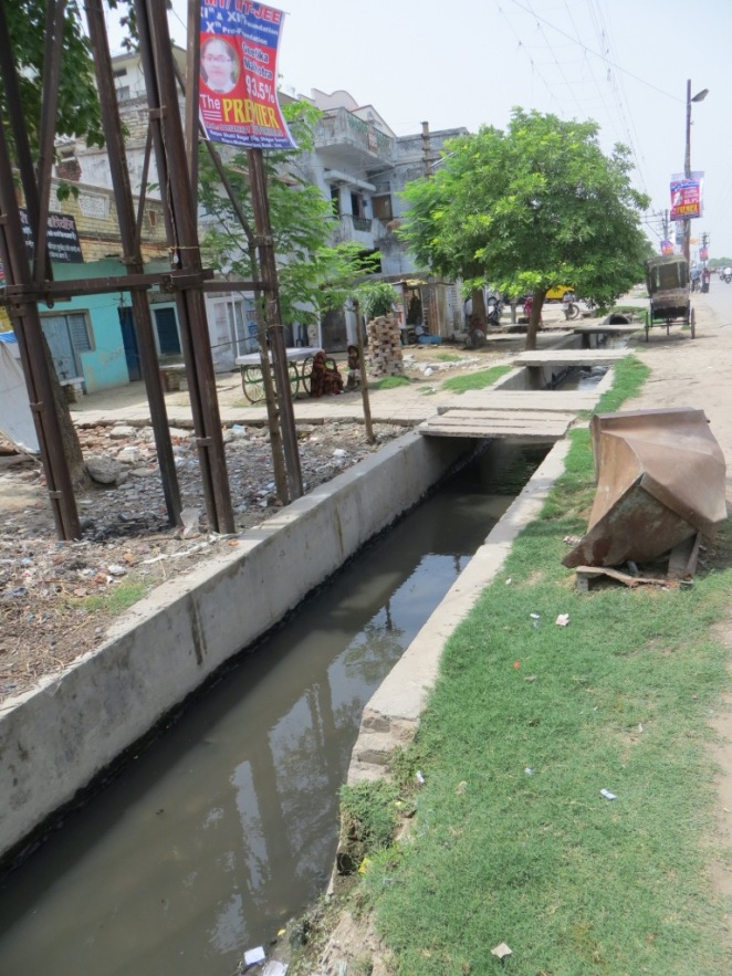 A drain in the western side of Banaras in the unsewered area near the Varuna river. This drain runs to Chauka ghat where the Chauka ghat pumping station is proposed.