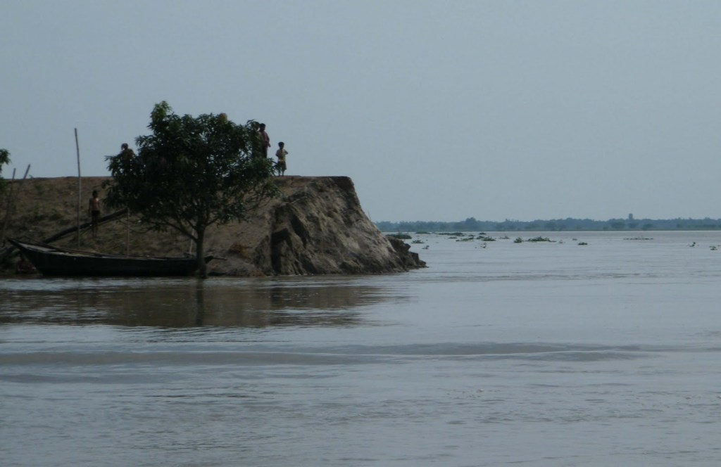 Erosion at Malda upstream Farakka Photo: Soumya Desarkar