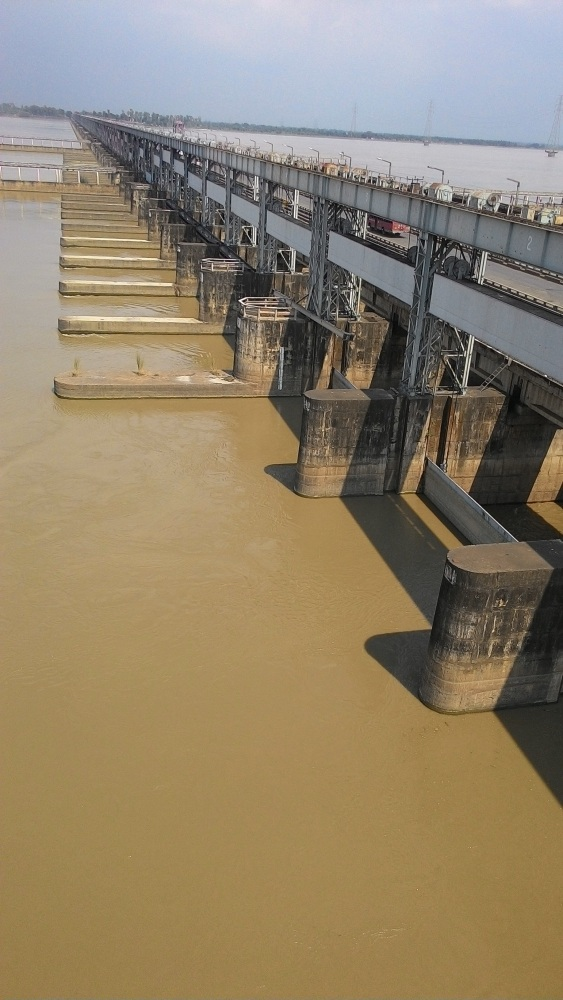 Lessons from Farakka as we plan more barrages on Ganga (2/6)