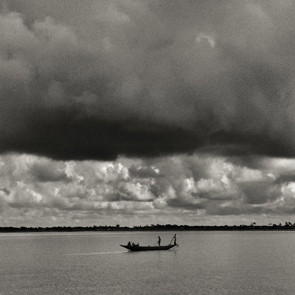 Fishers setting off for Hilsa from Bnagladesh Sunderbans Photo: With thanks from Arati Kumar-Rao