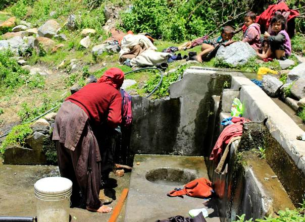 Runnag Chashma is used by the Runnag village for washing and drinking. The water discharge has reduced substantially