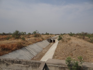 Canals of the Shirapur Lift Irrigation Scheme sitting idle for years, without Environmental or Wildlife Clearance. No action taken against the violator Photo: Author