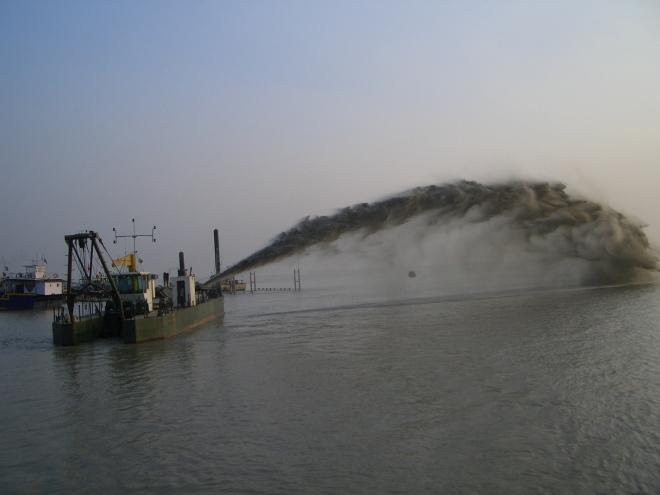 Dredging the National Waterway I Photo: WRIS