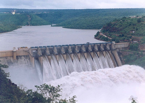 Srisailam Dam on Krishna River (Source: Wikipedia)