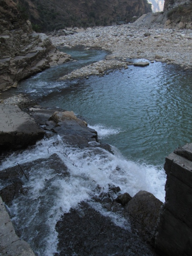 Downstream entrance of Larji fish ladder: The 2 m high jump that fish require to enter the ladder can be seen here
