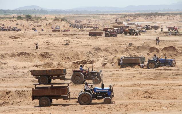Sandmining in River beds in Tamilnadu Photo: The Hindu