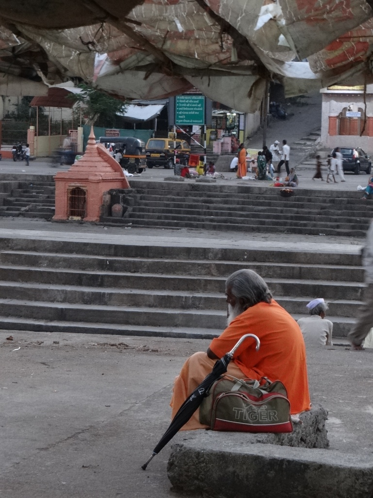 On the ghats Photo: Parineeta Dandekar