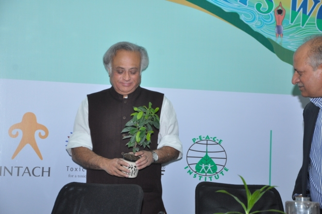 All photos of Jairam Ramesh at India Rivers Week inaugural function on Nov 21, 2014 (All photos courtesy: India Rivers Week)