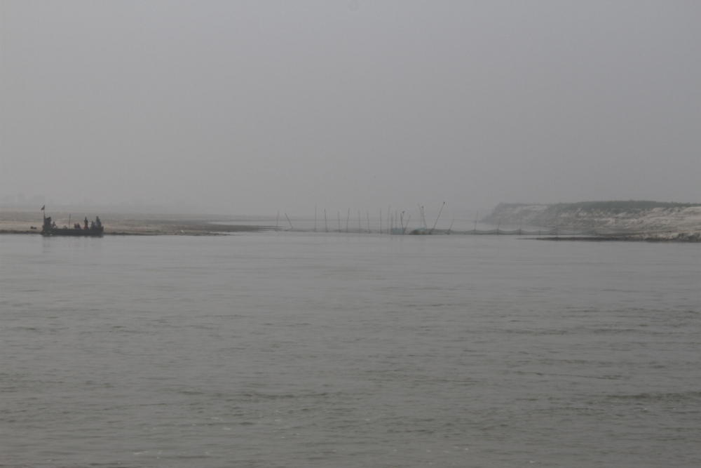 Four Boats at a River Crossing along Ganga (4/4)