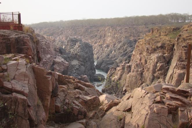 mazing geo-morphology of river Ken at Ranne falls in Ken Ghariyal Sanctuary (Photo by Manoj Misra)