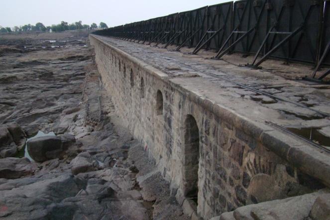 British period Bariyarpur Barrage on river Ken (Photo by Manoj Misra)