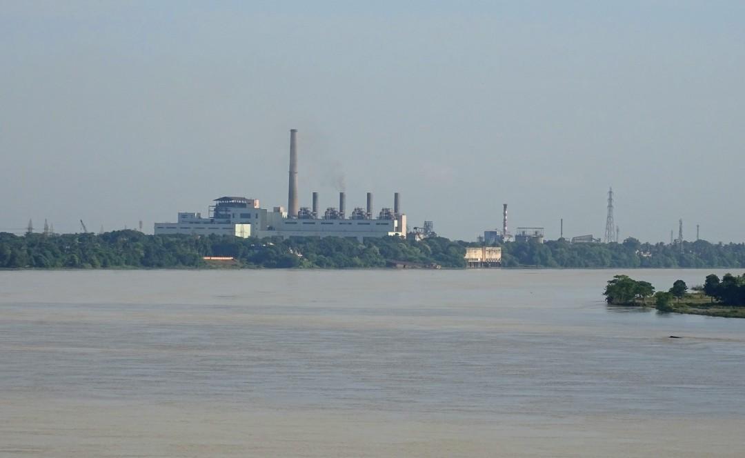 Bandel Thermal Power Plant on bank of River Hooghly in Tribeni, West Bengal (Photo Debadityo Sinha)