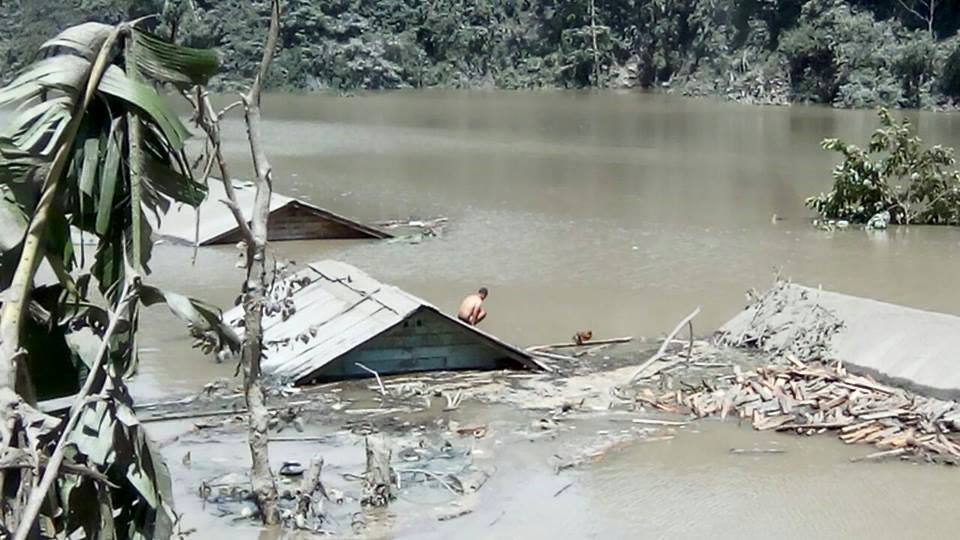 Submerged houses in reservoir Photo from Darjeeling Chronicle