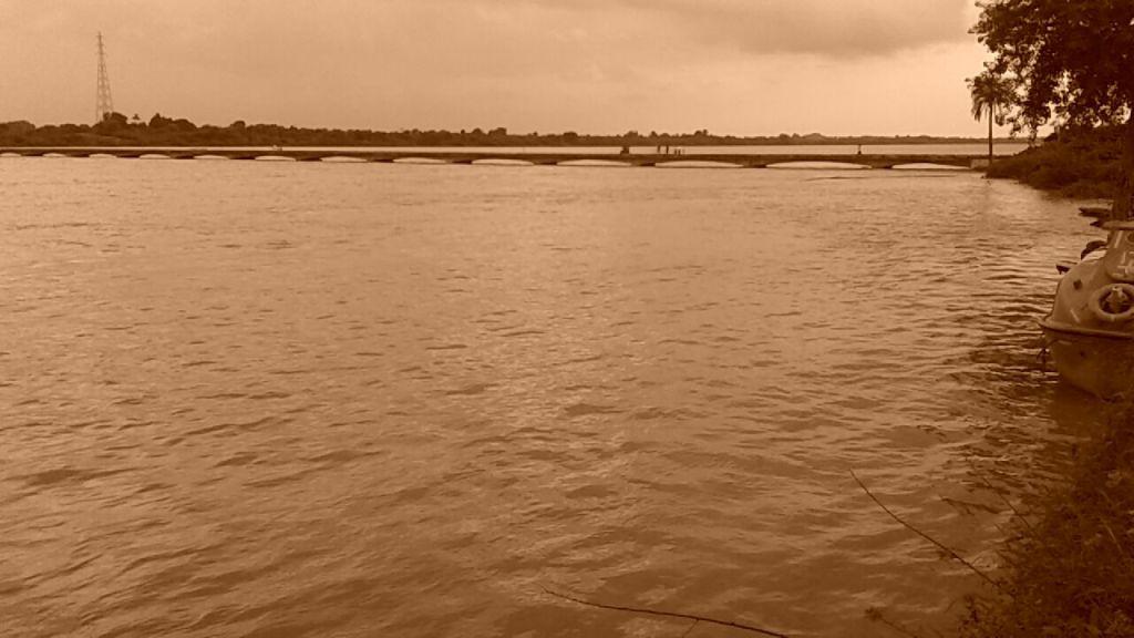 Submerging Rajghat Bridge due to rising water level behind Sardar Sarovar Dam