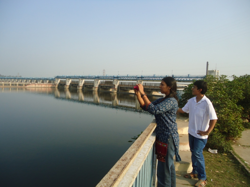 Hriday and Parineeta at Narora Fish Ladder on Nov 24, 2016 (Photo by SANDRP)