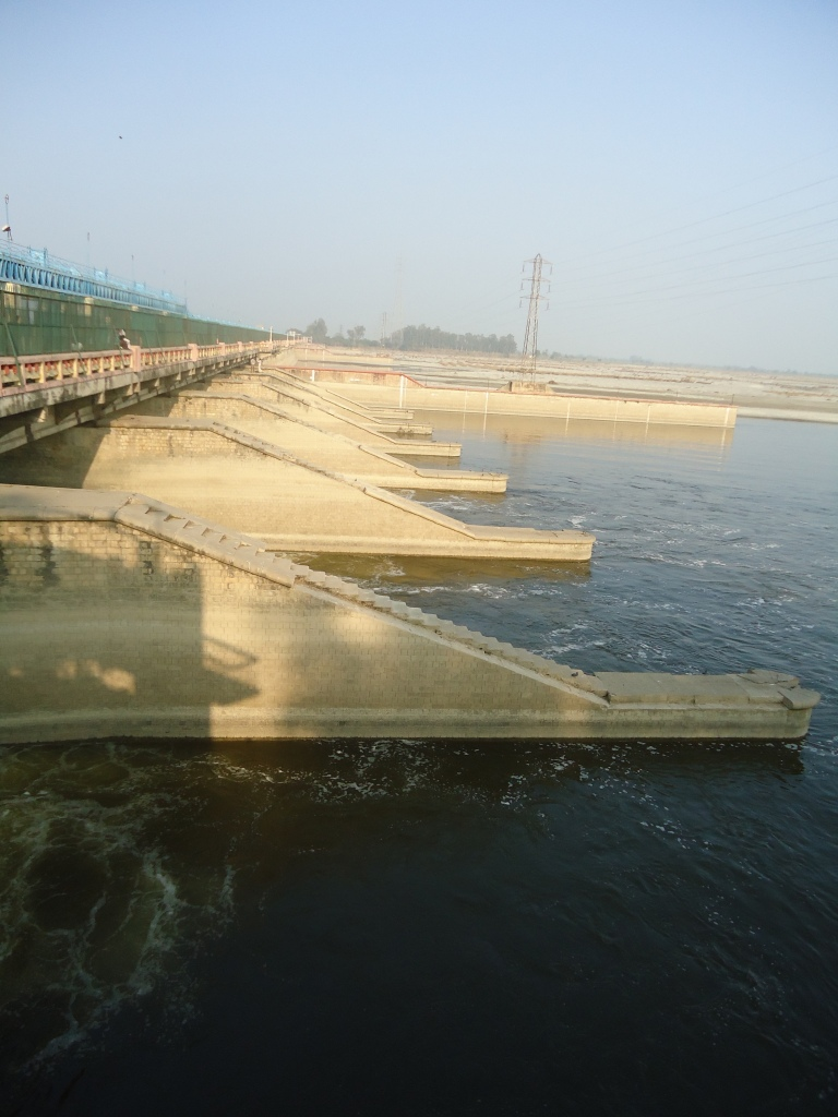 Narora Barrage (Photo by SANDRP)