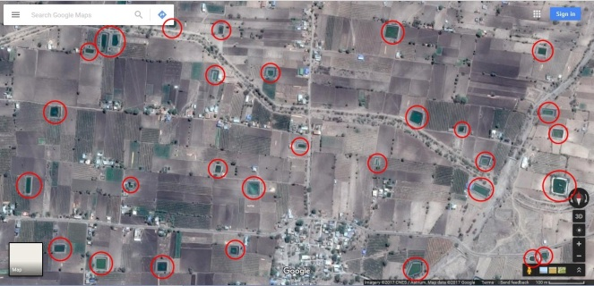 Landscape of Hiwargaon Pawsa dotted with farm ponds (Source: Google Maps)
