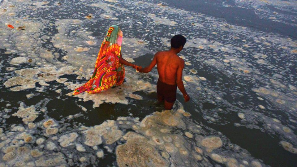 files-india-river-pollution-water_ddf99c10-0eca-11e7-be49-55692bf38950