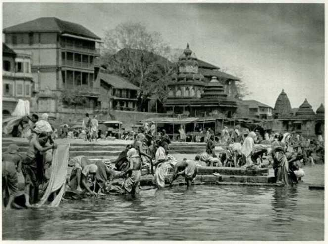 Old ghats of Godavari in Nashik (justnashik.com)