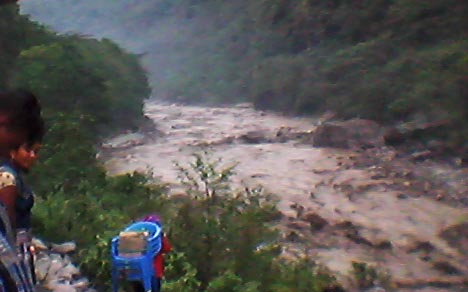 Barun-River-floods
