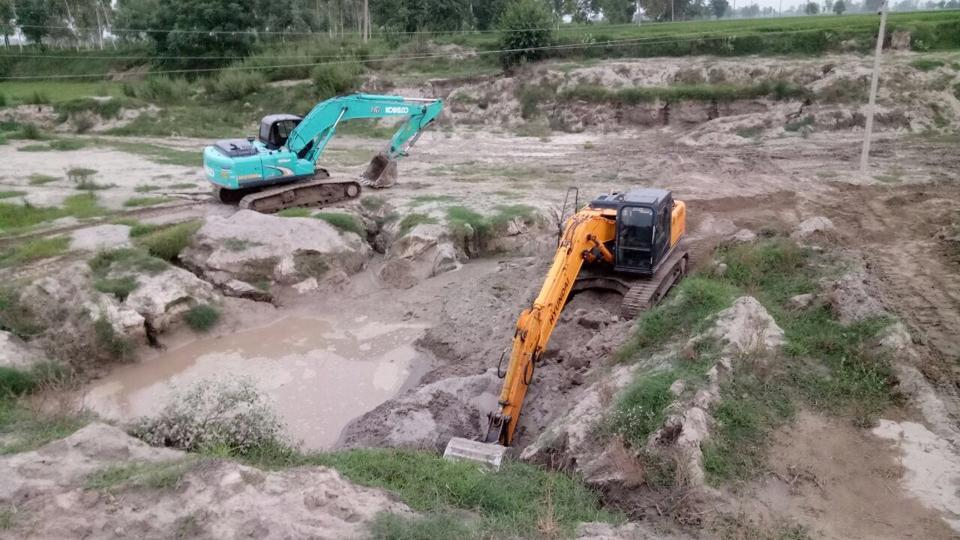 Equipment seized at one of the sand quarries in Ferozepur on Wednesday.(HT Photo).jpg
