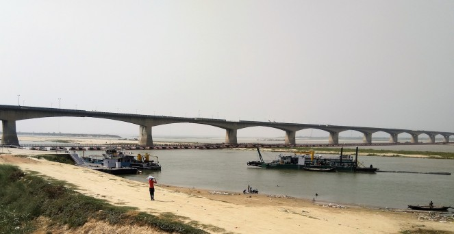 Pontoon Bridge on Ganga at IWAI Patna LR