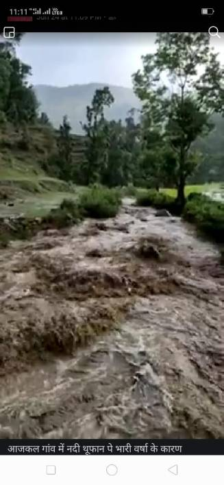 Flash floods in local streams. Image Source: Naveen Joshi, BDC Member