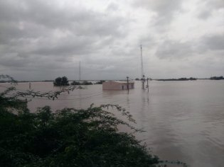 CWC Deosugur Raichur site on Krishna river in Karnataka submerged under floodwater on 11 Aug 19.